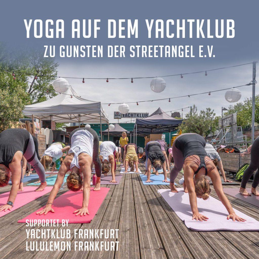 Yoga auf dem Yachtklub